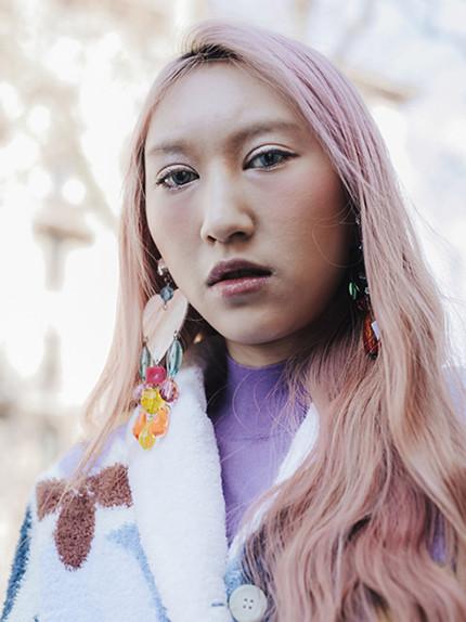 Capelli colorati: I toni top della primavera 2017- capelli rosa