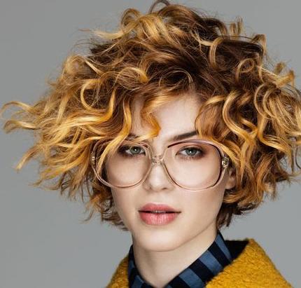 Tagli di capelli medi ramati