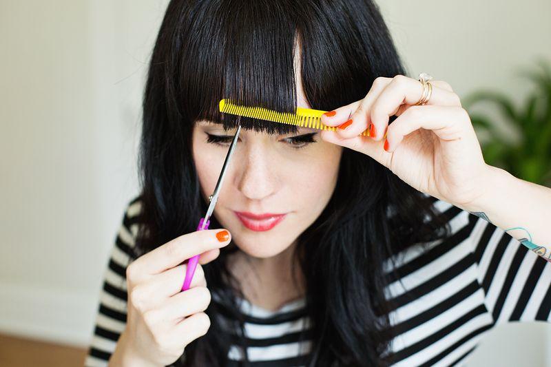 Come tagliare i capelli frangetta