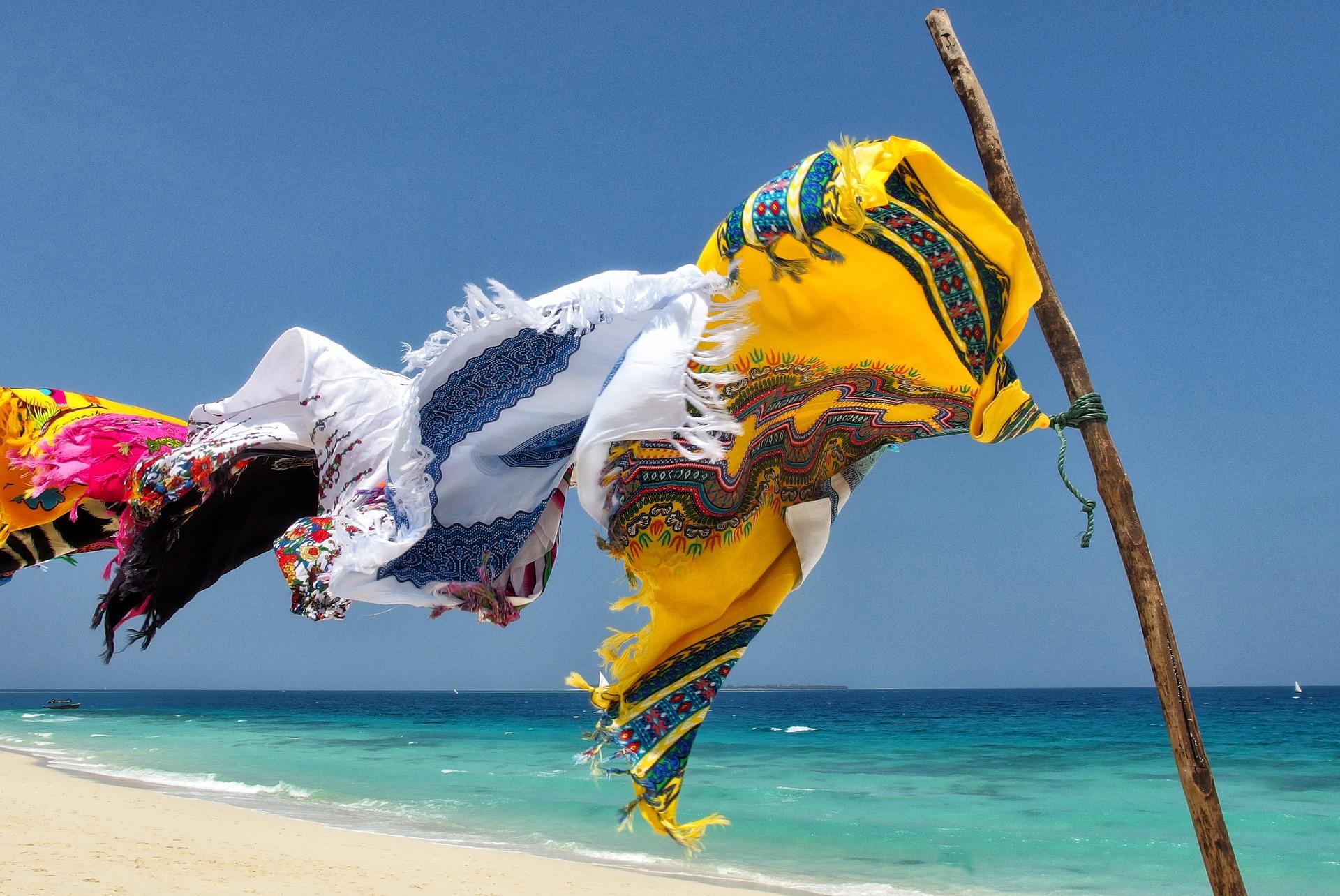 Cosa portare in spiaggia la lista della beauty addict - Zanzibar medicine da portare ...