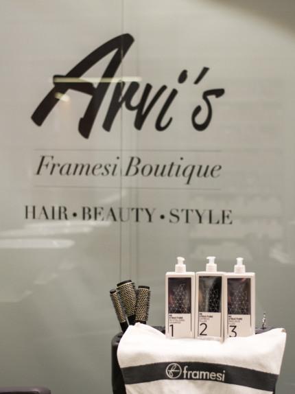 Trattamento ristrutturante Framesi Morphosis Re-structure Parrucchiere Arvi's Milano Hair Capelli (2)