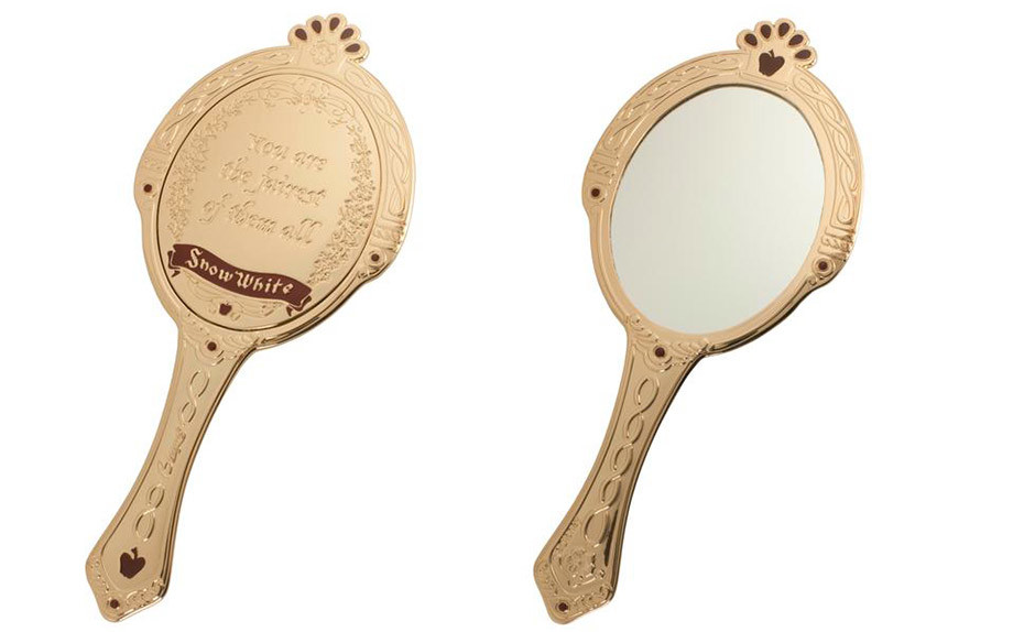 Scelto da galmour lo specchio di biancaneve - Specchio di biancaneve ...