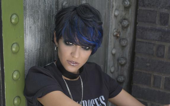 Perché (ci) piace il blu sui capelli