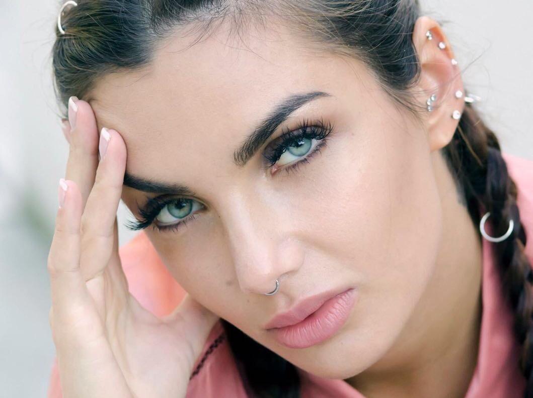 I Segreti Di Elettra Miura Lamborghini Make Up E Tatuaggi Glamourit