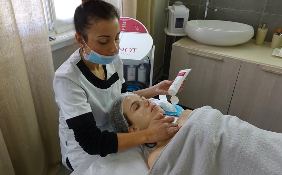 eleonora-milano-spa-trattamenti-viso-nel-mondo-glmaour-hydradermie