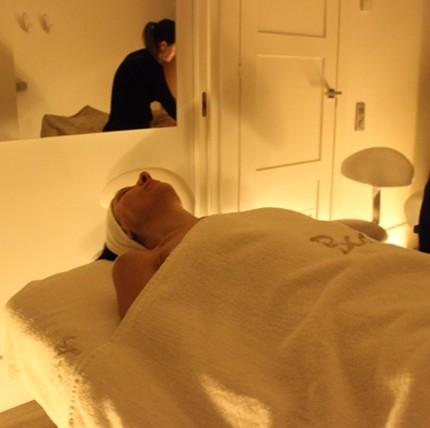 eleonora-milano-spa-trattamenti-viso-nel-mondo-glamour-valmont-blauceldona