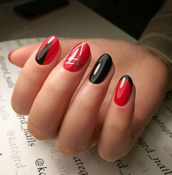 nail art rosso