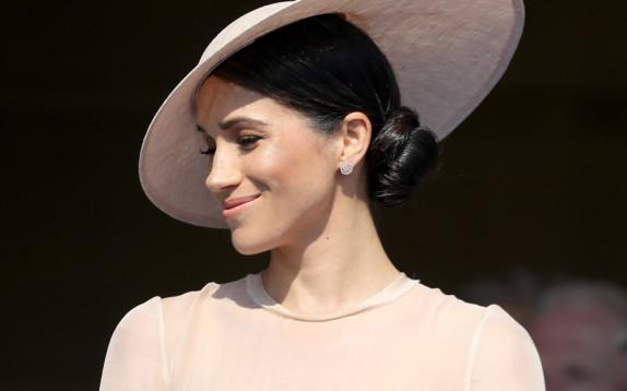 Meghan Markle, il primo look da Mrs. Windsor neo duchessa di Sussex