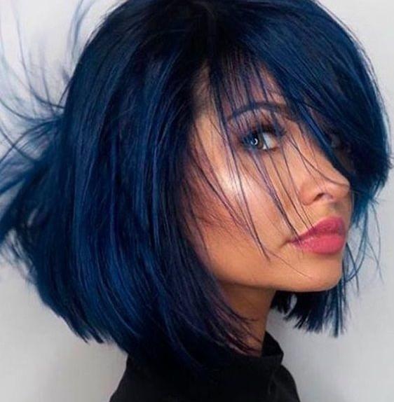 capelli blu notte