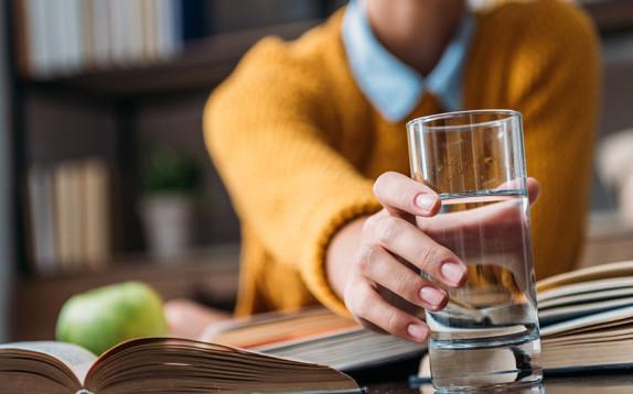 Esami di maturità 2018: per aumentare la concentrazione bevi tanta acqua