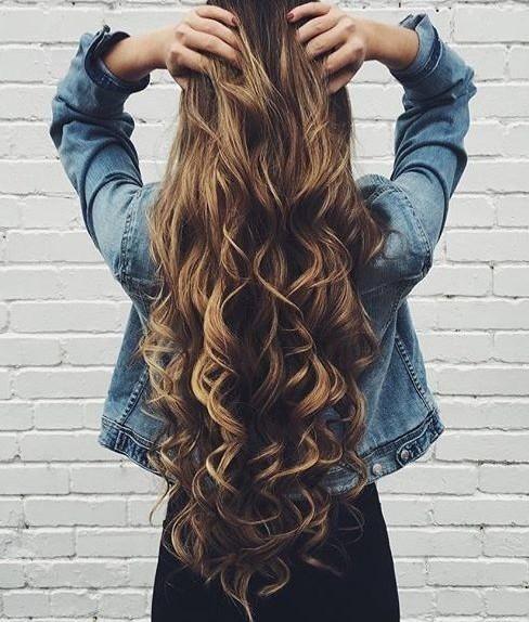 Voglio farmi crescere i capelli lunghi uomo