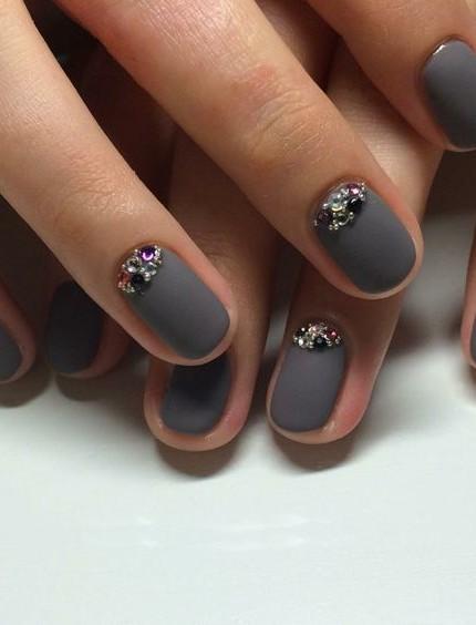 unghie con brillantini