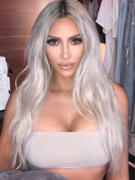 Colore capelli 2019 Kim Kardashian (Ph credit Pinterest)