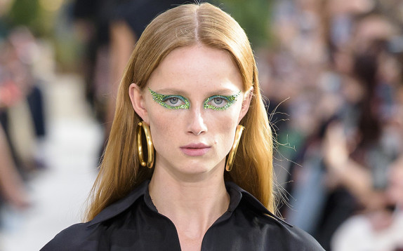 L'ombretto verde è il nuovo trend occhi