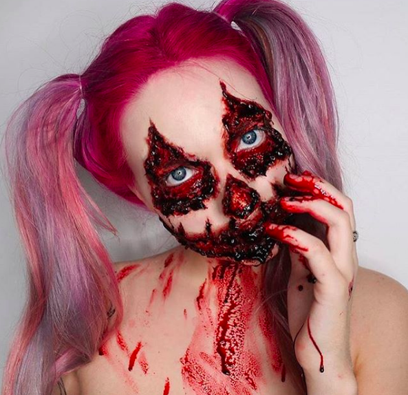 Trucchi Di Halloween Spaventosi.Halloween Make Up I Trucchi Piu Mostruosi Del Web Glamour It