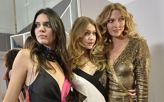 Le 10 modelle più pagate al mondo: prima Kendall Jenner, seconda Karlie Kloss