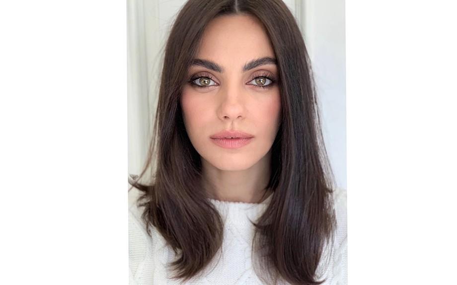 """""""Lob of the future"""" e """"Lob 2.0"""". Sono solo due delle definizioni del nuovo  taglio di capelli sfoggiato di recente dall attrice Mila Kunis  un blunt  lob d1e1652916d6"""