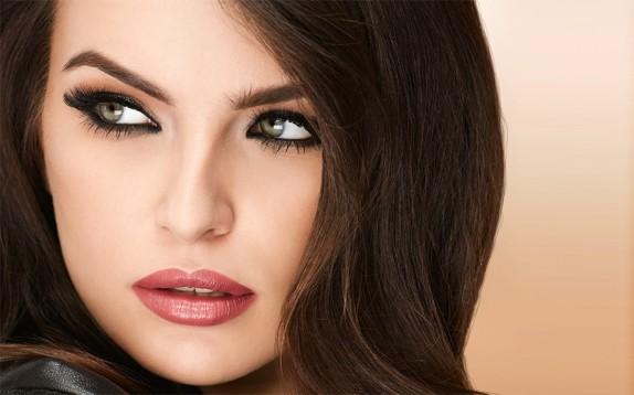 Scelto da Glamour: il mascara volumizzante con massima curvatura ciglia