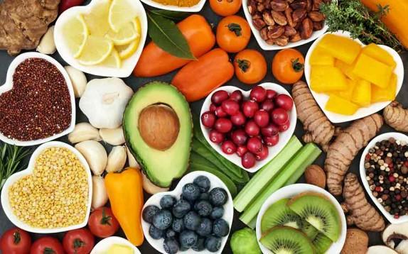 Sei sicura di lavare frutta e verdura nel modo giusto?