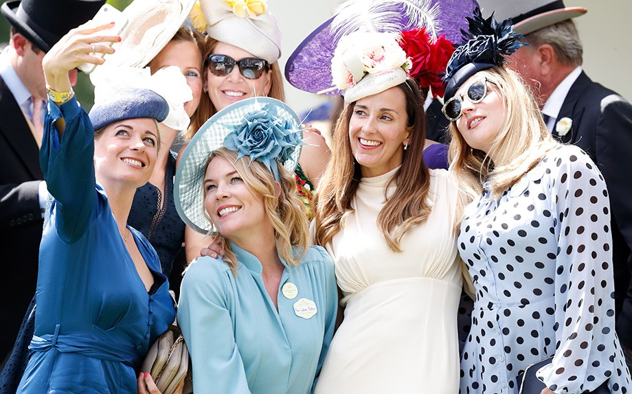 Autumn Phillips e le sue amiche il quinto giorno di Royal Ascot 2019