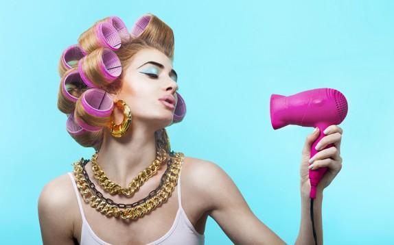 L'aspirapolvere che asciuga i capelli alla perfezione