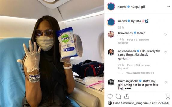 La beauty routine da viaggio in aereo di Naomi Campbell