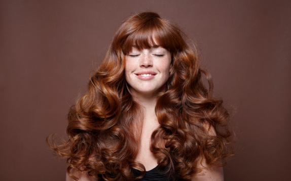 Shampoo per capelli colorati: a cosa servono e i prodotti novità