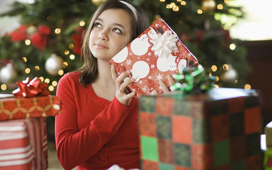 Regali di Natale per adolescenti: le idee per andare a colpo sicuro